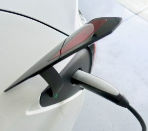 ładowanie samochodów elektrycznych